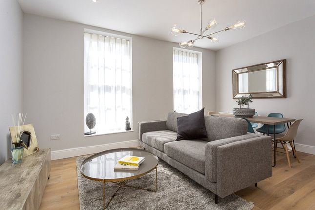 Thumbnail Flat for sale in The Townhouse, Head Street, London