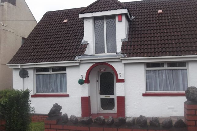 Thumbnail Bungalow to rent in Cimla Road, Cimla, Neath