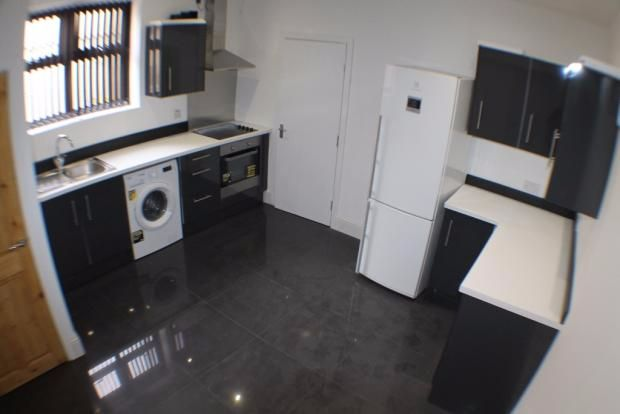 Thumbnail Shared accommodation to rent in Garden Street, Sheffield