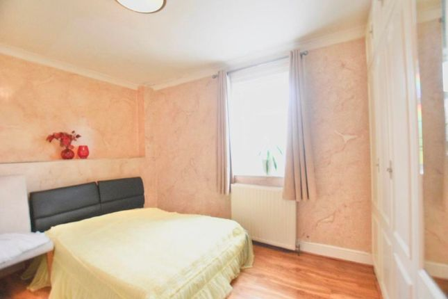 Thumbnail Terraced house to rent in Stirling Road, Stratford