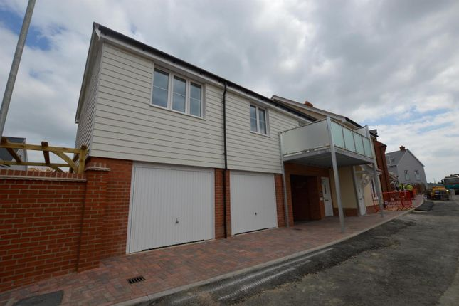 Thumbnail Flat to rent in Ferryman Drive, Rowhedge, Colchester