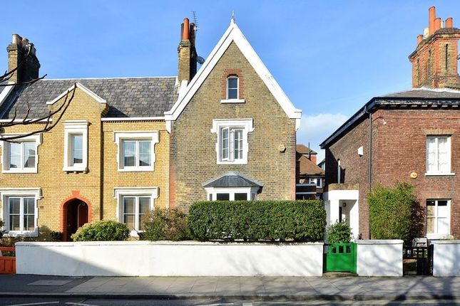 Thumbnail Property for sale in Church Crescent, London