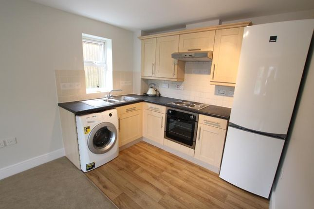 Thumbnail Flat to rent in North Road, Woking