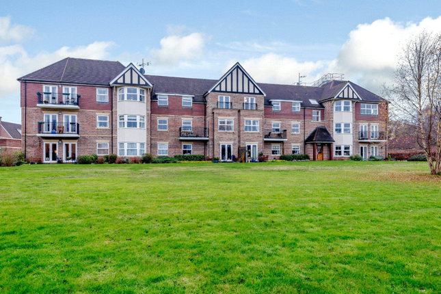 Thumbnail Flat for sale in Bramshott Place, Liphook, Hampshire