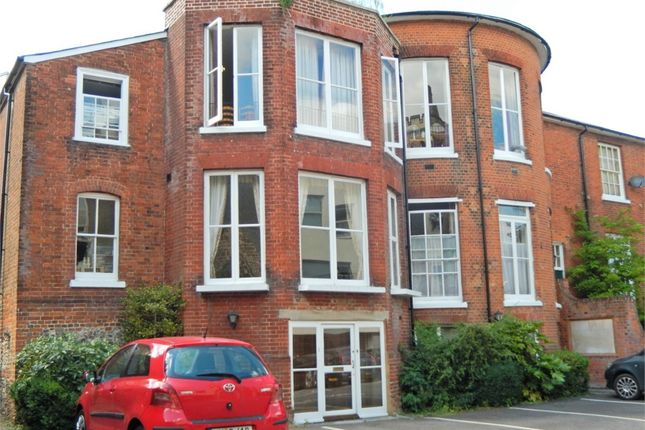 Thumbnail Flat to rent in St Peter Street, Winchester, Hampshire