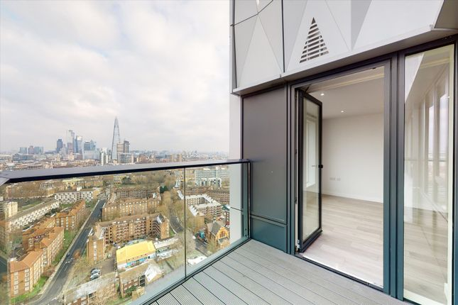 Thumbnail Flat to rent in New Kent Road, London