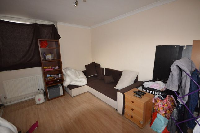 Lounge/Diner of Panfield Road, London SE2