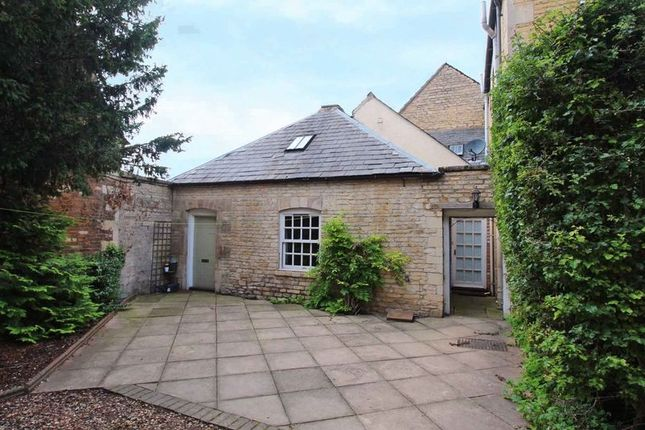 Thumbnail Cottage to rent in Barn Hill, Stamford