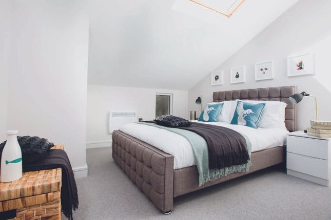 Thumbnail Mews house for sale in Hutton Grove, Finchley