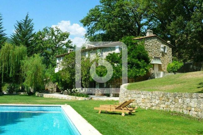 Thumbnail Property for sale in Chateauneuf Grasse, Provence-Alpes-Cote D'azur, 06740, France