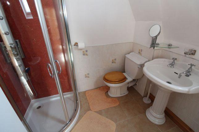 Family Bathroom of Balgownie Road, Bridge Of Don, Aberdeen AB23