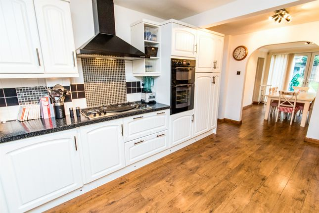 Thumbnail Detached house for sale in Peascliffe Drive, Grantham