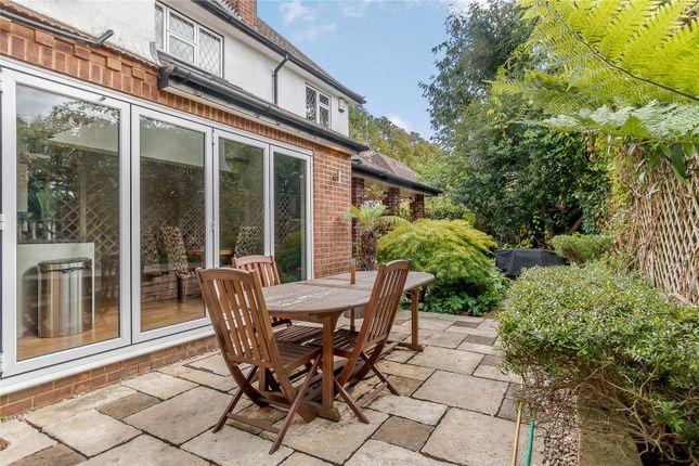 Picture No. 12 of Mile House Lane, St. Albans, Hertfordshire AL1