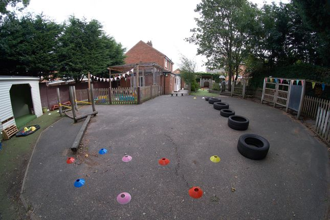 Photo 10 of Day Nursery & Play Centre BD10, Greengates, West Yorkshire