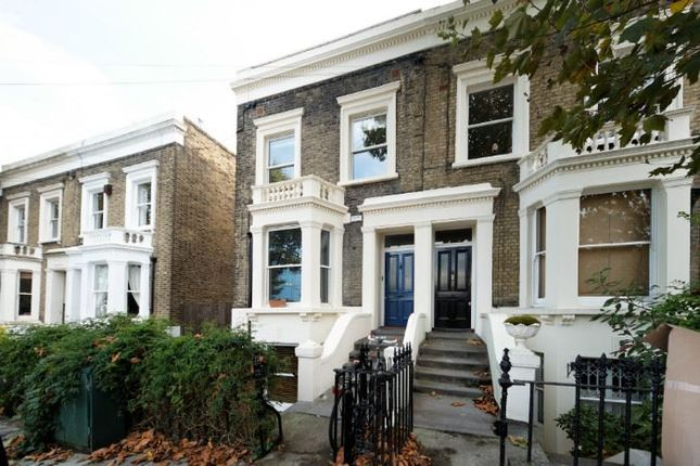 Thumbnail Flat to rent in Chadwick Road, London