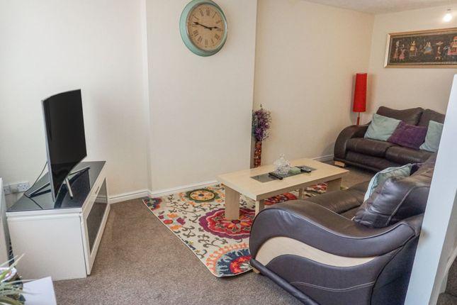 Lounge of Alder Holt Drive, Bradford BD6