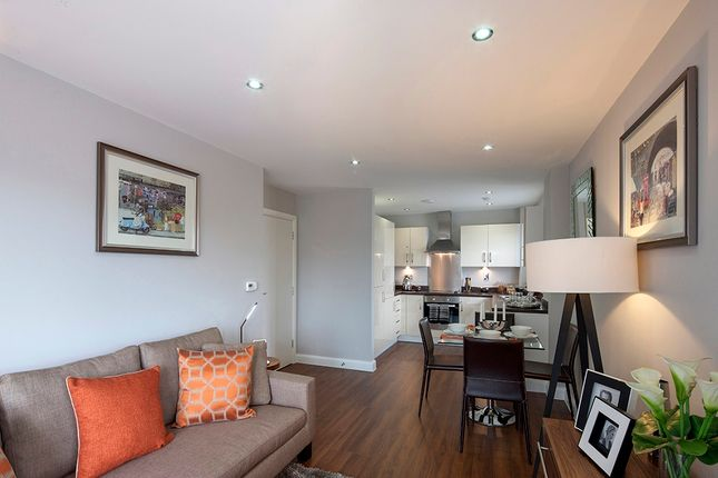 4 bed semi-detached house for sale in Maiden Lane, Crayford DA1