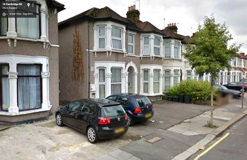 Thumbnail Flat to rent in Cambridge Road, Seven Kings, Ilford