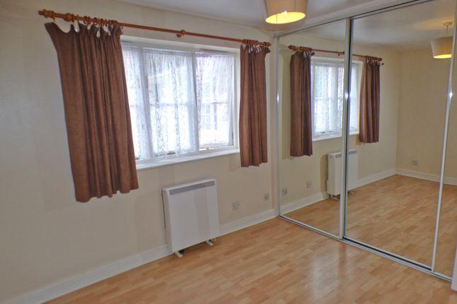 Bedroom of Leigh Hunt Drive, Southgate, London N14
