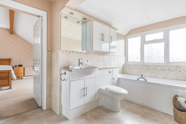 Bathroom of Ditchley Road, Charlbury, Chipping Norton OX7