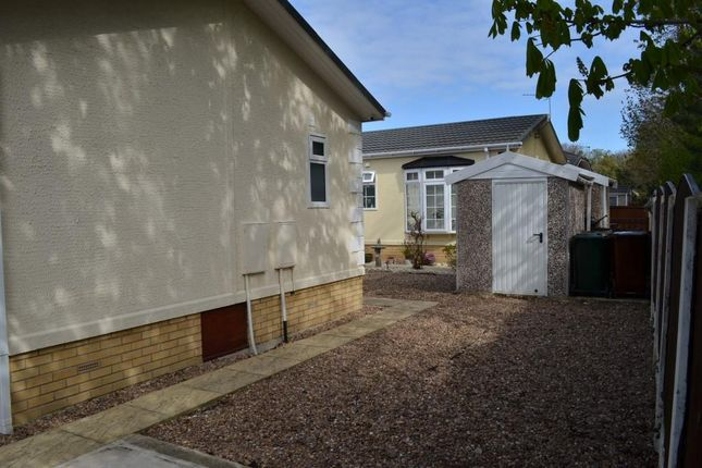 2 bed property for sale in Willow Lane, Knottingley WF11