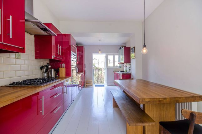 Thumbnail Maisonette to rent in Moray Road, Finsbury Park