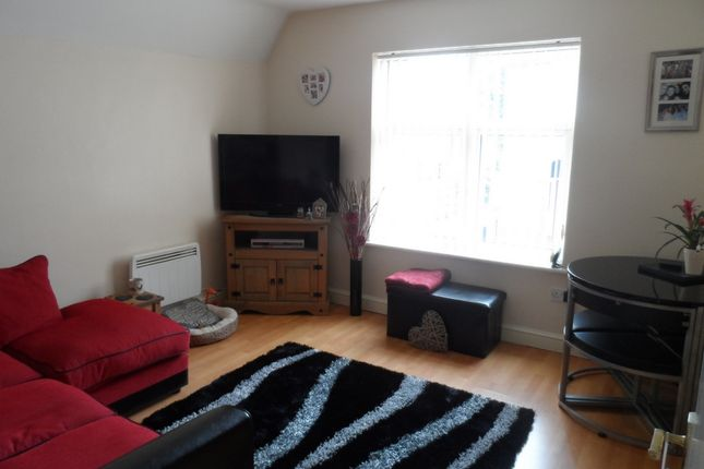 Thumbnail Flat to rent in Forest Road, Lydney