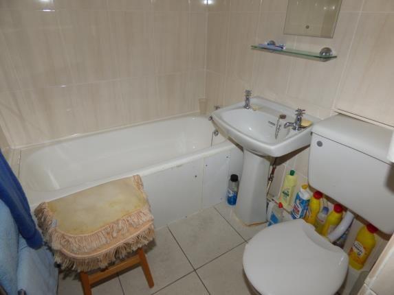 Bathroom of South Snowdon Wharf, Porthmadog, Gwynedd LL49