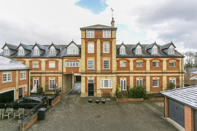 Thumbnail Flat for sale in 8 Abbey Brewery Court, Swan Street, West Malling