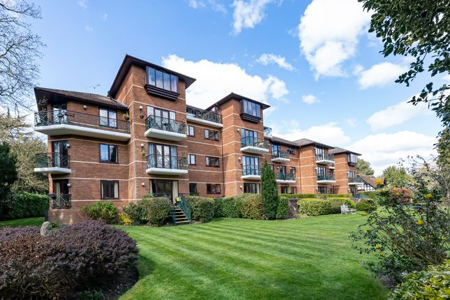 Thumbnail Property for sale in Ray Mead Road, Maidenhead