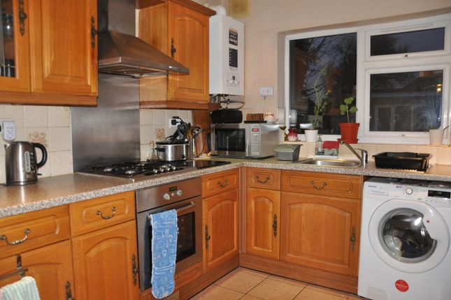 Kitchen of Greenford Avenue, Southall UB1
