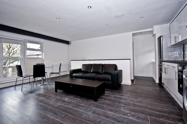 Thumbnail Flat to rent in Setchell Way, Southwark