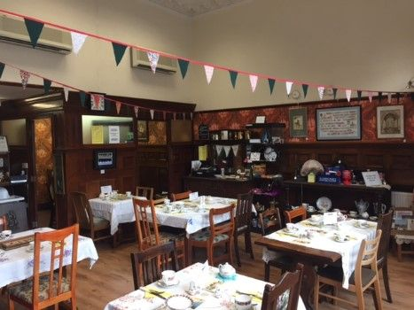 Thumbnail Restaurant/cafe for sale in 8 Market Place, Bungay