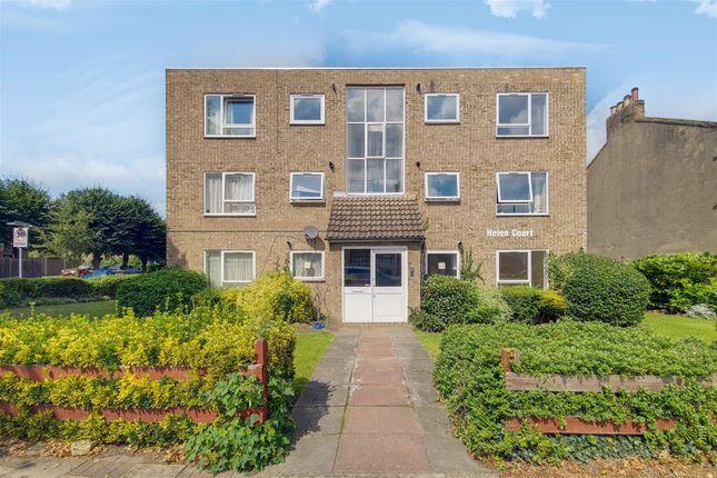 Thumbnail Flat to rent in Croydon Road, London
