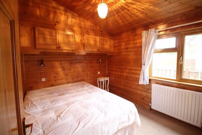 Bedroom 1 of 4, Elm Court, Pentrebeirdd, Welshpool, Powys SY21