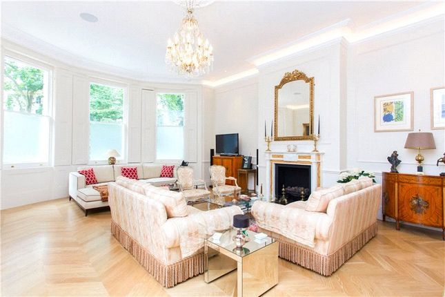 Thumbnail Maisonette for sale in Cornwall Gardens, London
