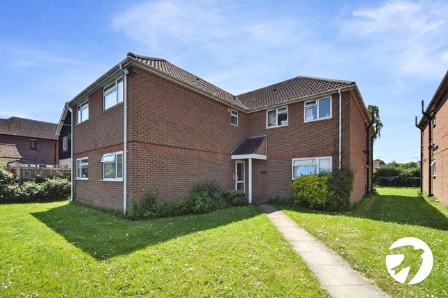 Thumbnail Flat to rent in London Road, West Kingsdown, Sevenoaks
