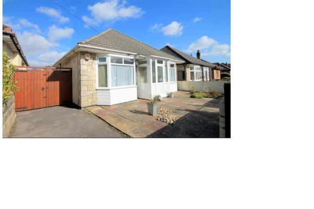 Thumbnail Bungalow to rent in Pine Avenue, Parkstone, Poole