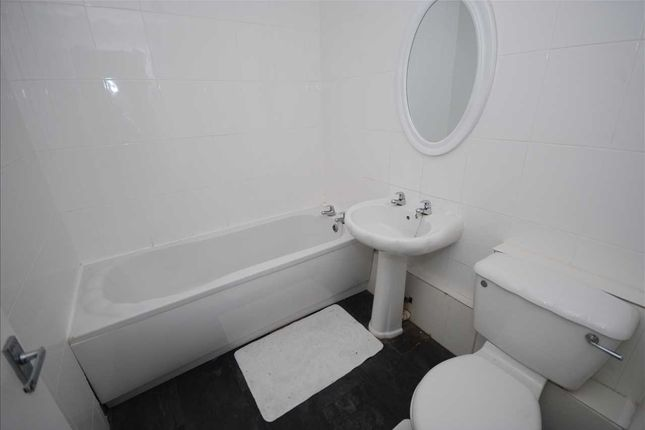 Bathroom of St. Johns Place, Ardrossan KA22