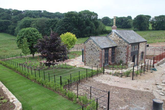 Thumbnail Barn conversion for sale in Hareston Farm, Yealmpton, Devon