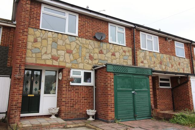 Thumbnail Terraced house to rent in St. Michaels Road, Canvey Island