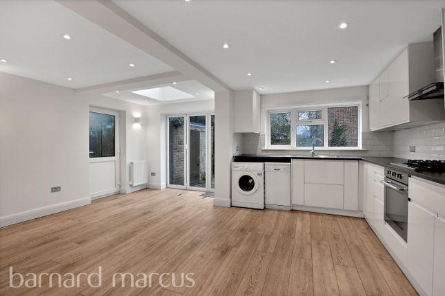 Thumbnail Flat to rent in Haldane Close, London