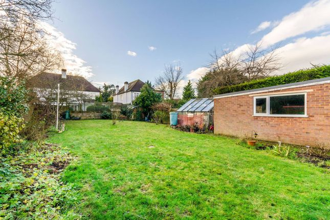 Thumbnail Bungalow to rent in Woodside Road, Bromley