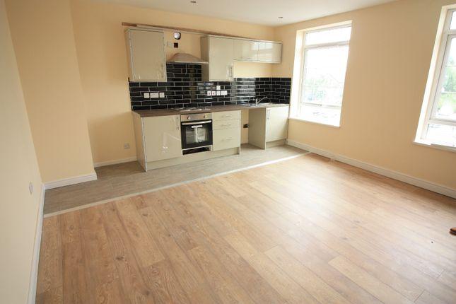 Thumbnail Flat to rent in Cowper Mount, Leeds
