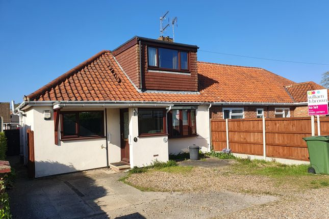 3 bed bungalow to rent in Arnfield Lane, New Costessey, Norwich NR5