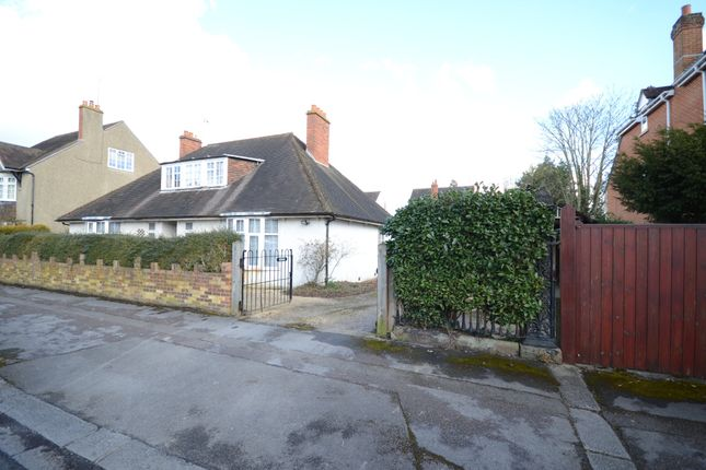 Thumbnail Detached house for sale in Downshire Square, Reading