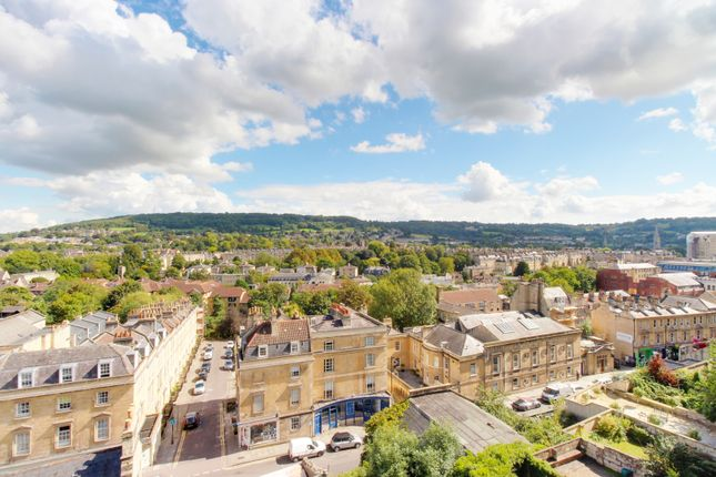 Thumbnail Flat for sale in Paragon, Bath