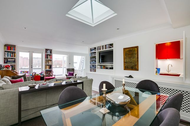 Flat to rent in Queens Gate Terrace, South Kensington, London