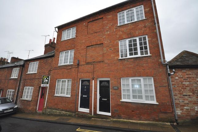Thumbnail Property to rent in Well Street, Buckingham