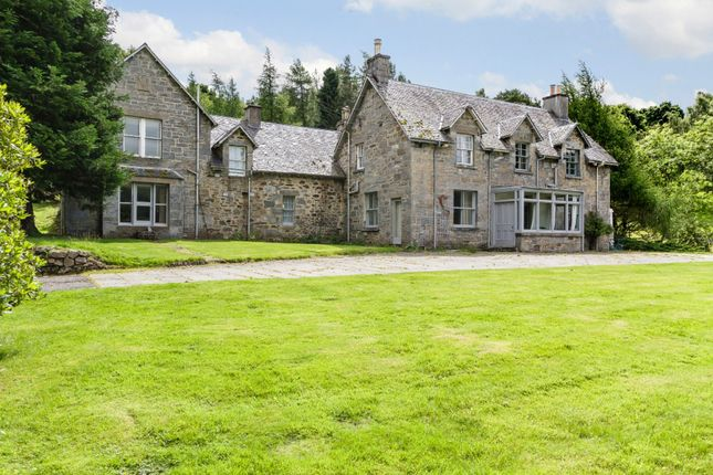 Thumbnail Farmhouse for sale in Kinloch Rannoch, Pitlochry, Perth And Kinross